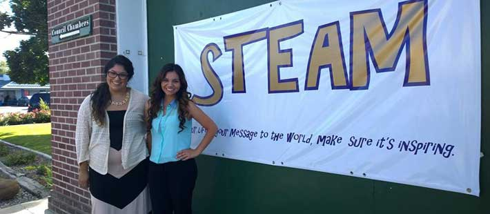 STEAM program Instructors Vanessa Sanchez (l) and Yarelly Gomez (r)